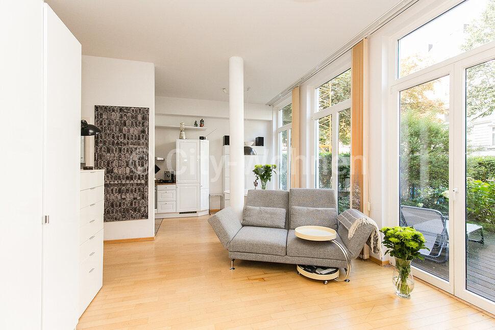 city wohnen wohnen auf zeit in berlin und hamburg m blierte wohnung hamburg eimsb ttel. Black Bedroom Furniture Sets. Home Design Ideas