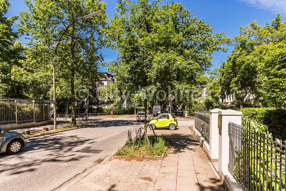 Herbert-Weichmann-Straße