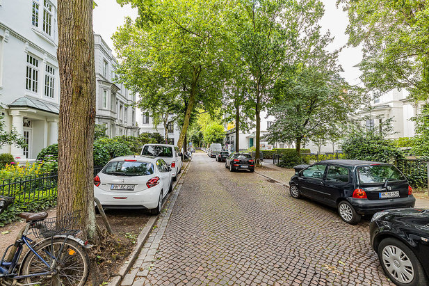 Noble apartments and villas in Magdalenenstraße in Hamburg-Harvestehude - Image by City-Wohnen Hamburg