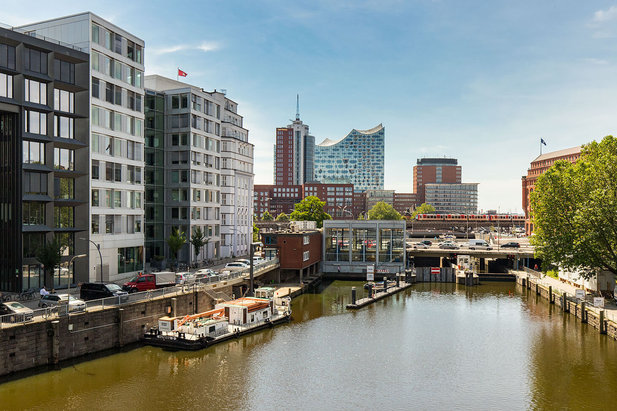 Apartments in Hamburg's Altstadt and Neustadt with a view of the Elbphilharmonie Concert Hall - City-Wohnen Hamburg