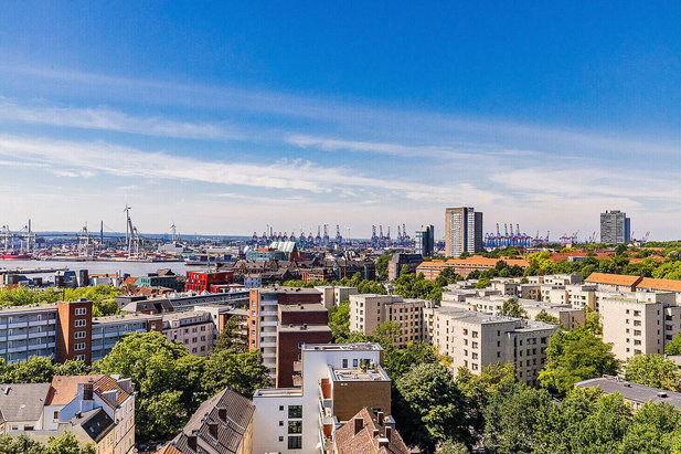 View from above on the district Hamburg-St. Pauli with harbour - Picture of City-Wohnen Hamburg